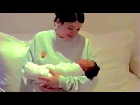 Xxx Mp4 Kylie Jenner Bonds With New Baby 3gp Sex