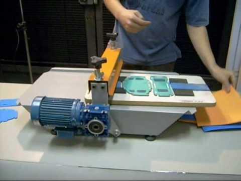 Máquinas de corte e vinco manual e elétrica POLYMAK