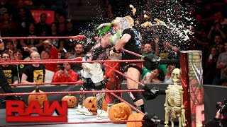 Enzo Amore vs. Luke Gallows - Trick or Street Fight: Raw, Oct. 31, 2016
