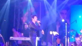 Main Rahoon Ya Na Rahoon || Armaan Malik (Live)