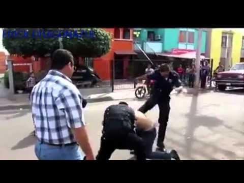 PINCHES POLICIAS MEXICANOS PORESO NADIEN LOS QIERE