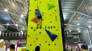 Clamber Rock@50 Plus EXPO 2013 攀岩活動