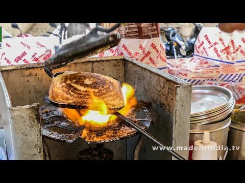 CHEESE MASALA TOAST SANDWICH MAKING   STREET FOODS 2017