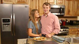 Learn To Make Joe Duggar's Favorite Oatmeal Cookies!   Counting On