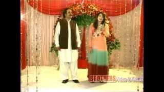 Dj Qasim Ali Pashto New Song 2012-Zan Sara Me Khukhule Las Niwale*Gul Panra & Hashmat Sahar*