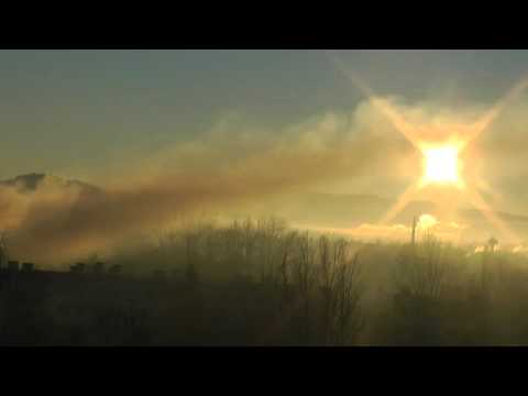 Dymy nad miastem