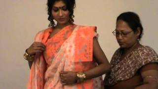 "Saree draping in Bengali (""Aatpourey"") style"