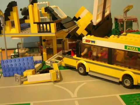 The top ten LEGO crashes .