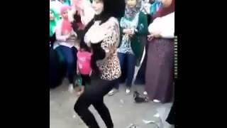 رقص بنت التي هزت عرش صافيناز  2015