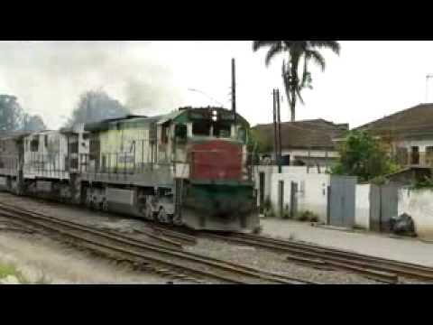 Trem da ALL em Embú Guaçú