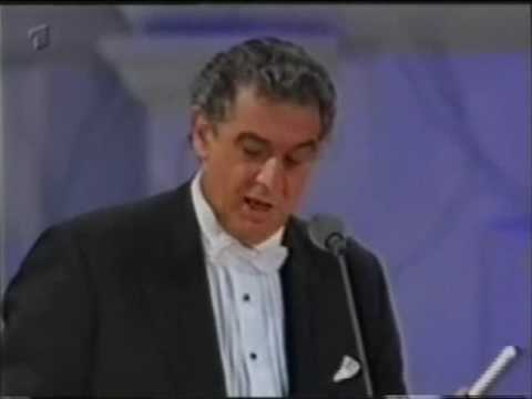 The Three Tenors - Medley - Maria, Tonight, O' Paese D' O' Sole (Munich 1996)