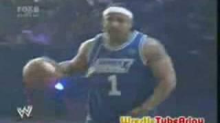MVP vs Matt Hardy - WWE 1 on 1 Basketball