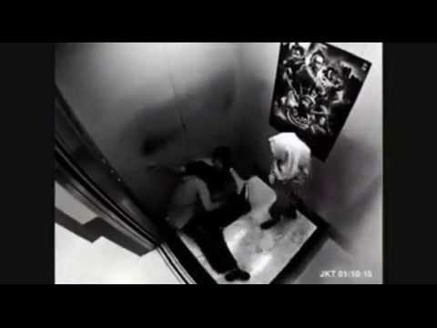 Cewek ABG Berjilbab Mau Diperkosa di Lift _ Silat