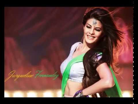 Sexy Jacqueline Fernandez Boobs show - Indian Bollywood Actress