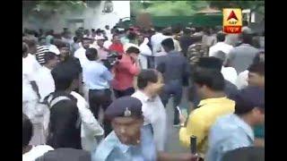 CBI team finishes raid and leaves Lalu Prasad Yadav's Patna home