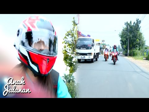 Reva Di Kejar Curong Petarung Thailand [Anak Jalanan] [16 September 2016]