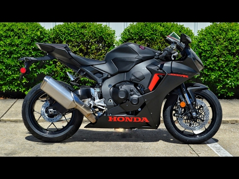 2017 Honda CBR1000RR Review of Specs | CBR Sport Bike / Motorcycle Walk-Around | CBR 1000 RR (Black)