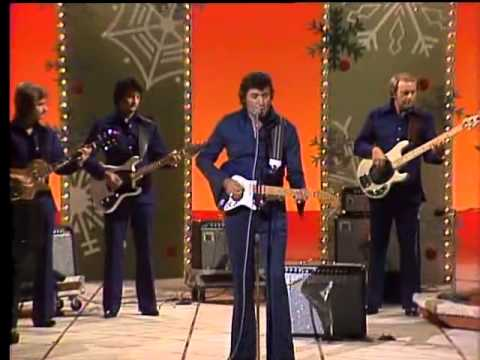 Johnny Cash & Family 1977 Christmas Show Complete