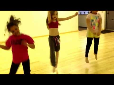 The girls at Starrstruq Dance Academy regular jazz class 6-9 year olds! Die young