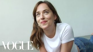 Dakota Johnson Finds Her Inner Supermodel | Vogue