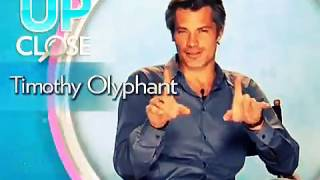 Timothy Olyphant on Hat Hair and Role with SJP