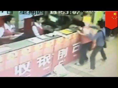 China stabbing spree: Knife attack in Nanning supermarket leaves 9 injured