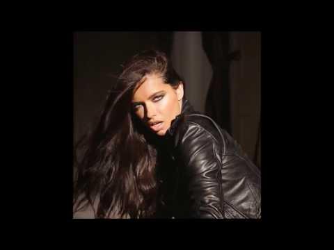 Adriana Lima tribute - Addicted to You by Shakira