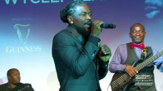 """Samini performs """"My Own"""" at the 2017 FACE List Awards"""