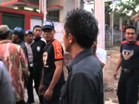 Aksi Brutal dan Anarkis Jawara PT.CBA terhadap Warga Jawilan Serang Banten
