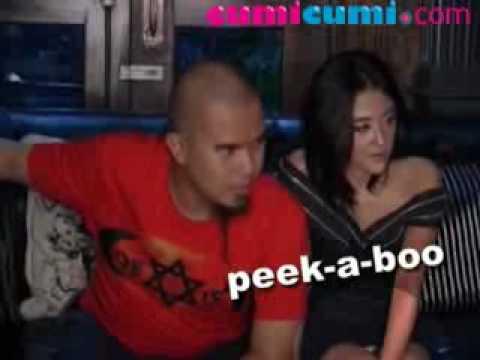 Xxx Mp4 Dewi Perssik Celana Dalamnya Diam Diam Nongol Selama Prescon CumiCumi Com 3gp Sex