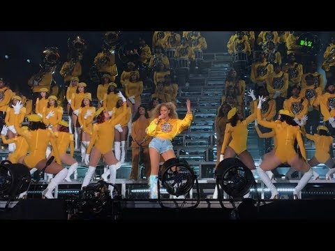 Beyoncé - Intro Crazy In Love  Freedom  Lift every voice and sing  Formation Coachella Weekend 1
