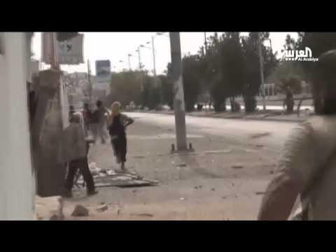 Xxx Mp4 اشتباكات عنيفة على مدخل حي التواهي في عدن 3gp Sex