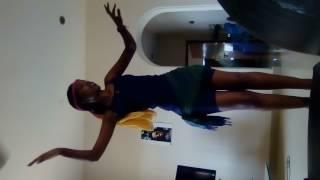 Rwandan dance(Burundian girl)