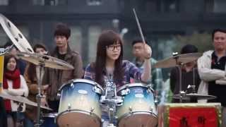 Talented Taiwanese Girl Solo Playing Drum Jeannie Hsieh - SISTER in Public