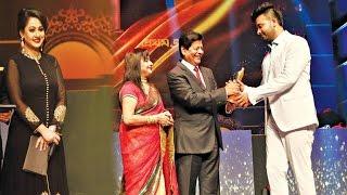 এ্যাওয়ার্ড অনুষ্ঠানে শাকিব খানকে সবার সামনে অপমান করলো পূর্ণিমা | Shakib Khan | Purnima |Bangla News