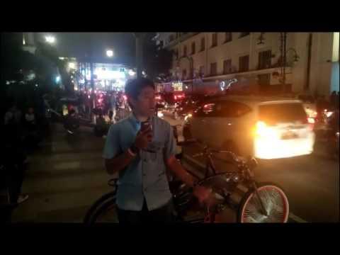 UAS/RPB/BR02/2017 [Para Komunitas Olahraga Turut Ramaikan Car Free Night di Jalan Asia Afrika]