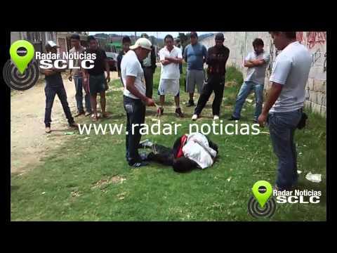 Guatemalteco lo linchan por robar ropa en sclc