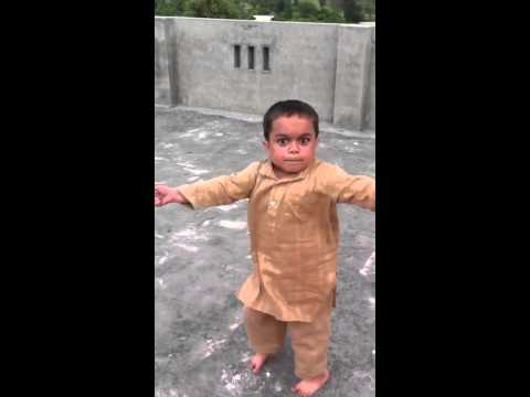 Pakistan kid dancing!