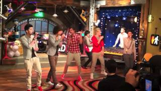 One Direction iCarly - What Makes You Beautiful