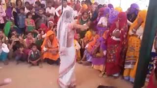 राजस्थानी दुल्हन ने नेट की सॉडी में किया सेक्सी डांस   ! हरियाणवी गानों पर दि सप