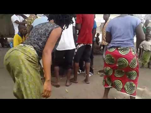Kicheko: WhatsApp Video: Mauno Ya uswazi