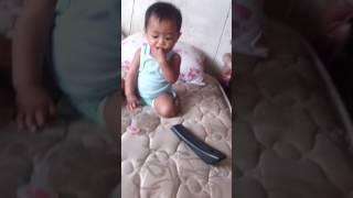Bayi suka lagu sakura umur 9 bulan