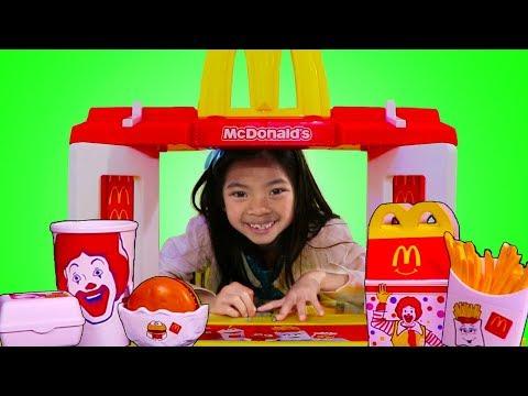 Xxx Mp4 Emma Pretend Play W MCDONALDS Toy Fun Garage Sale 3gp Sex