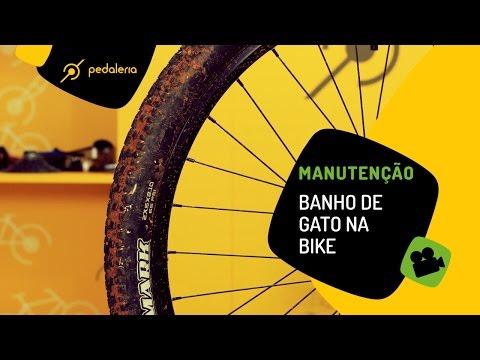 Pedaleria Lavando a bike em casa