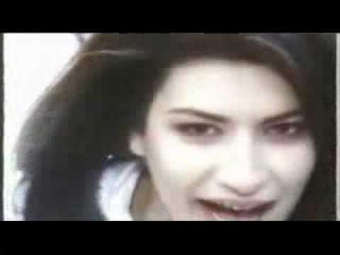 Laura Pausini Amores Extraños Strani Amori 1993