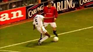 Wayne Rooney Vs Eric Cantona