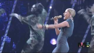 Nelly Furtado-Get Ur Freak On.Live @Hip Hop Honours 2007