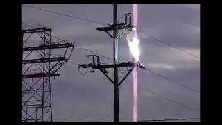Explosión de una bola de fuego eléctrica   Explosion of a ball of electrical fire