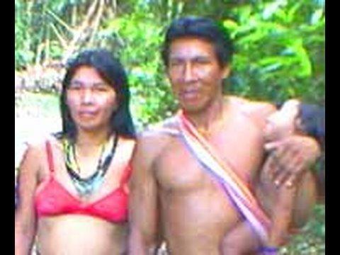 INDIOS KAAPOR AMAZONIA BRASIL