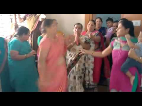 Shanta bai dance step (aunty version)
